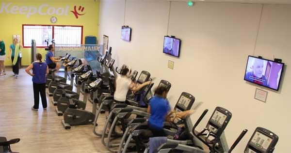 Gym Fitness digital displays in France